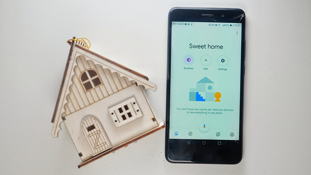 Cielo Breez allows you to control your air conditioner with Google Home.