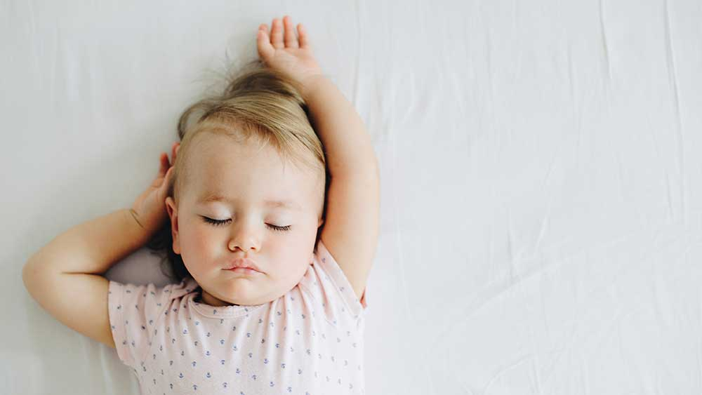 Achieve ideal sleeping temperature with Cielo Breez smart devices.